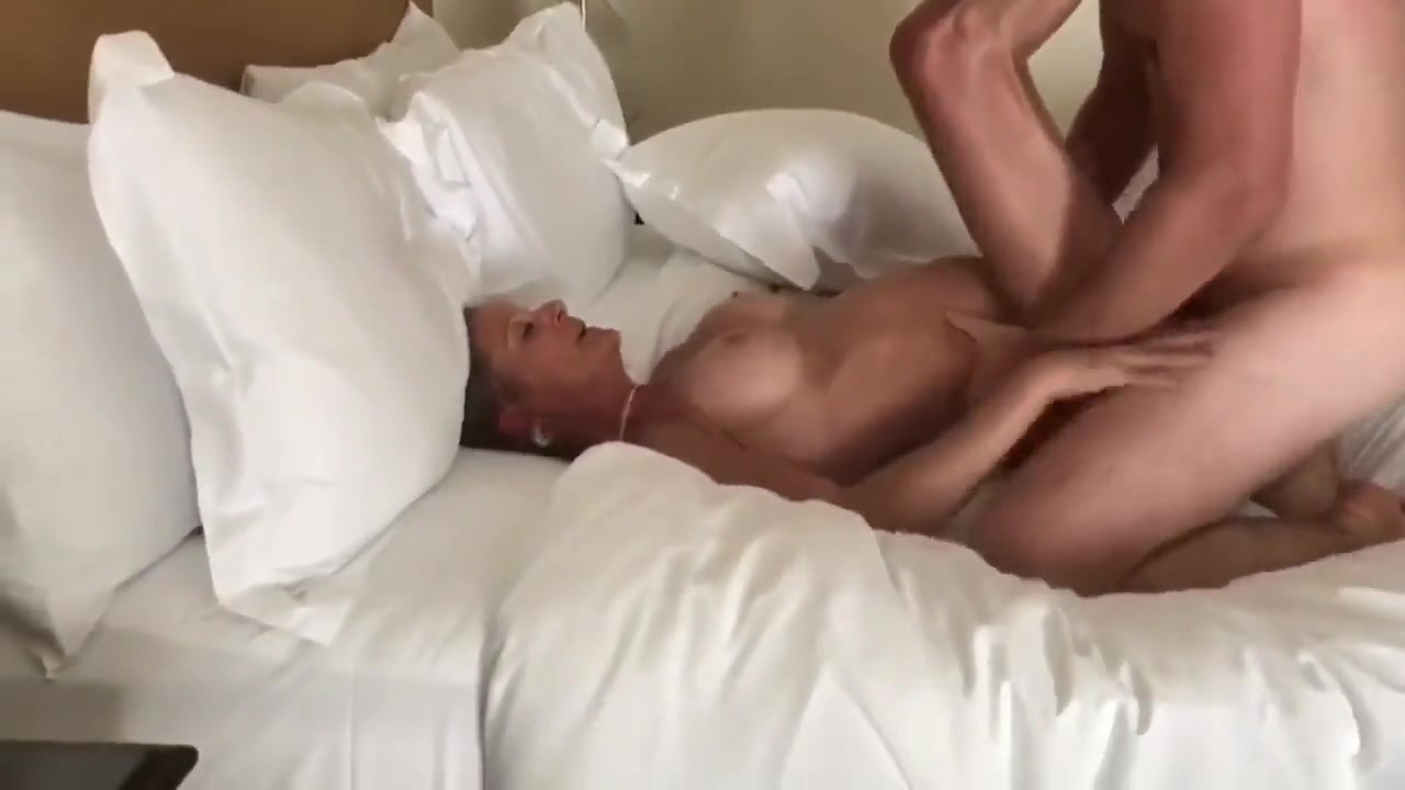 Hot Wife Fucking Young Stud